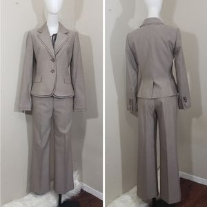 Antonio melani light brown women business suit